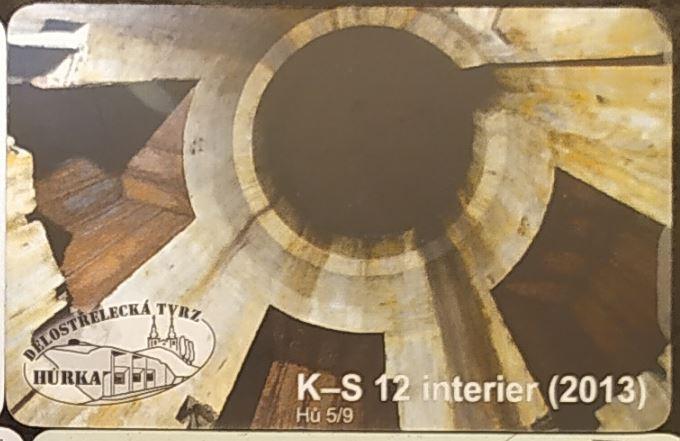 K-S 12 - interiér